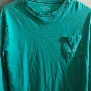 Youth XL, long sleeve vineyard vines shirt